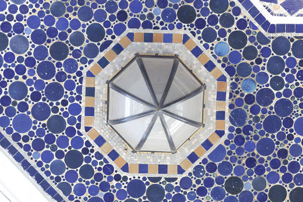 tiles ornate pattern spain round