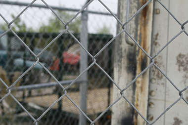 chain link fence metal wire