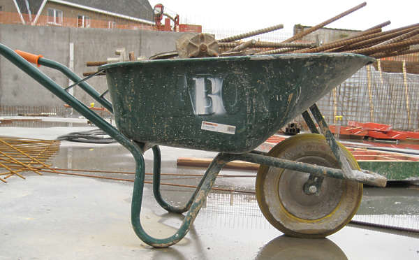 wheelbarrow construction