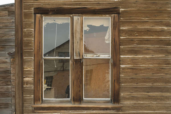 USA Bodie ghosttown ghost town old western goldrush desert arid window wooden house