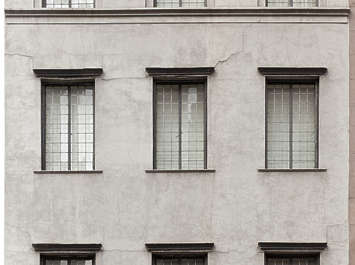 new york ny building facade window windows