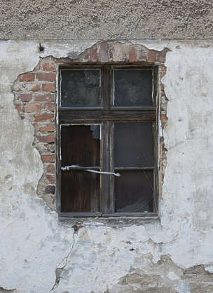 window house old wooden