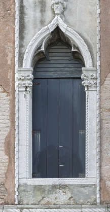 venice italy window wooden old ornate arabian moorish palace