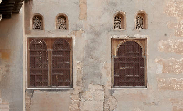 window windows ornate moorish old