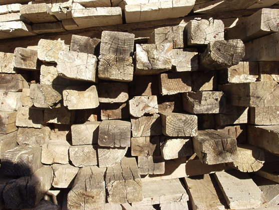 wood end stack beams planks