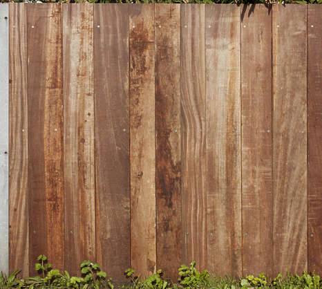 wood planks fence