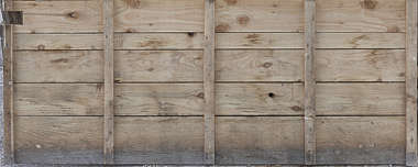 wood bare planks reinforced spain