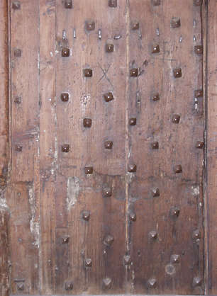 wood armored planks nails studded